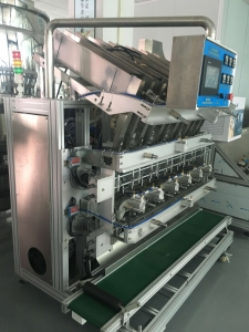 full automatic six heads cosmetic face mask liquid filling and sealing machine